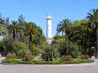 Monolocale centralissimo in Riviera delle Palme - San Benedetto Del Tronto vacation rentals