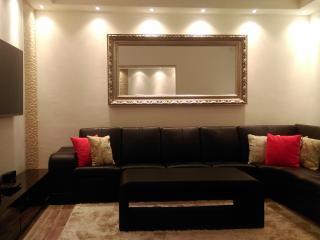 Nice 3 bedroom Dobrota Condo with Television - Dobrota vacation rentals