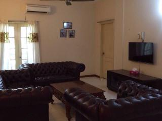 3 bedroom House with Parking in Rawang - Rawang vacation rentals