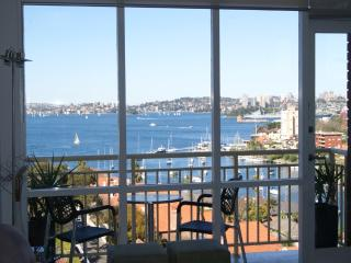 MAGNIFICENT HARBOUR VIEWS - North Sydney vacation rentals