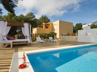 Comfortable Villa with Internet Access and A/C - Sant Jordi vacation rentals