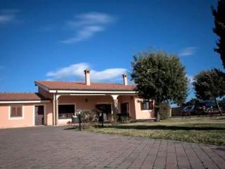 Elegance ladispoli villa 800 mt dal mare - Ladispoli vacation rentals