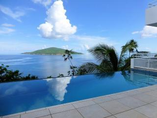 Panoramic Ocean Views,Sleek Contemporary 3 Bedroom - North Side vacation rentals