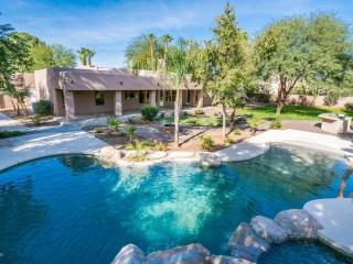 Gilbert Htd pool & spa, firepit, outdoor kitchen - Gilbert vacation rentals