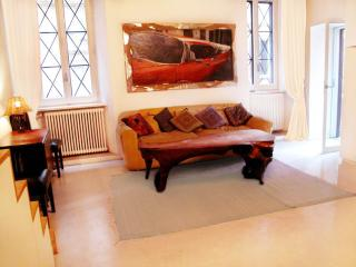 Prestigious w.TERRACE in Ghetto near CampoDeFiori! - Rome vacation rentals
