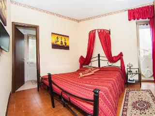 Tarchon Luxury B and B: Camera Singola - Tarquinia vacation rentals