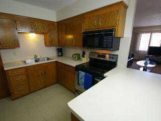 Clean and spacious 1500 sq. ft. 3 bd, 2 br home - Cottage Grove vacation rentals