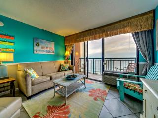 TROPICAL Direct Oceanfront 1 Bedroom at Sandcastle - Myrtle Beach vacation rentals