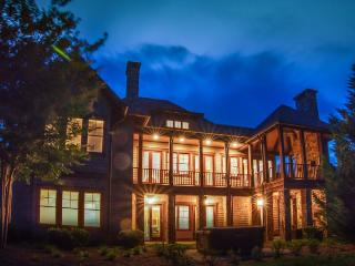 Soaring Mountain Retreat at Bright's Creek Golf and Equestrian Resort-Great View - Mill Spring vacation rentals