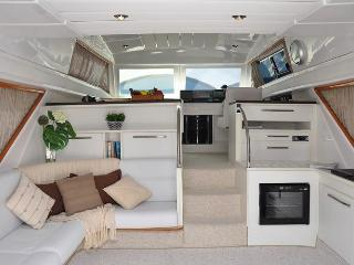 3 bedroom Yacht with Iron in Angra Dos Reis - Angra Dos Reis vacation rentals
