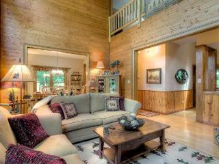 Bear Lodge- Mountain home near hiking+waterfalls - Highlands vacation rentals