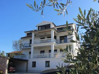5947 A1(2+2) - Malinska - Malinska vacation rentals