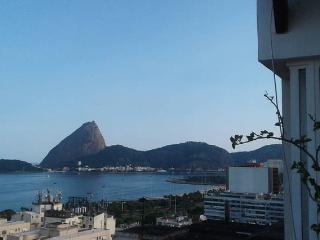 Cobertura  - alugue toda ou vagas compartilhadas - Rio de Janeiro vacation rentals