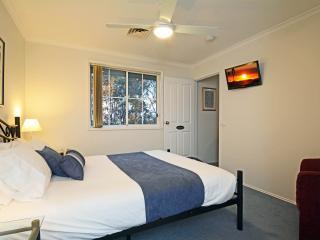 Bella Wind Bed and Breakfast Mistral Queen Room - Maitland vacation rentals