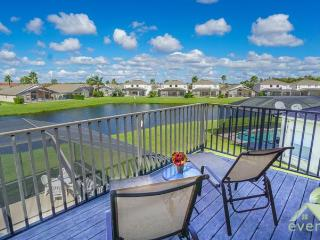 Cumbrian Gold - Excellent 5 bedroom / 3.5 bathroom pool home in Cumbrian Lakes - Kissimmee vacation rentals
