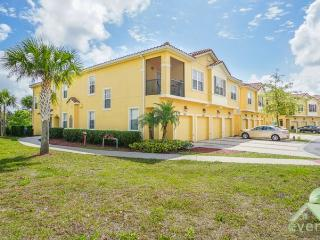 Wishes - Beautiful 2 bedroom / 2 bathroom condo in Oakwater Resort - Kissimmee vacation rentals
