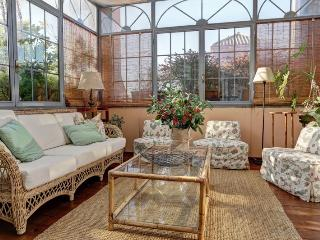Bookwedo Piazza in Lucina - Rome vacation rentals