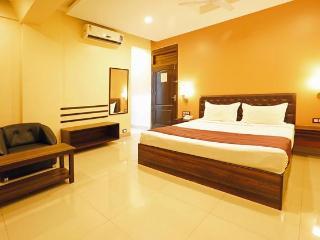 Hotel Elite Galaxy, Hinjewadi, Pune - Hinjewadi vacation rentals