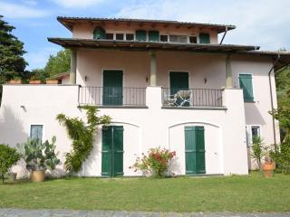 Villa delle Stelle -Tuscan hills near Cinque Terre - Fosdinovo vacation rentals