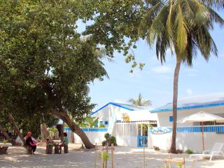 Beautiful 7 bedroom Guraidhoo Guest house with Internet Access - Guraidhoo vacation rentals