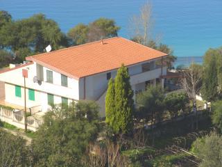 appartamento in villa francy Tropea - Zambrone vacation rentals