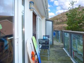 PEBBLES cosy apartment, close to beach and walks, pet-friendly in Downderry Ref 931568 - Downderry vacation rentals