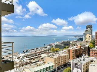 Picture Yourself in this Perfect Water View Suite, Steps From Pike Place! - World vacation rentals