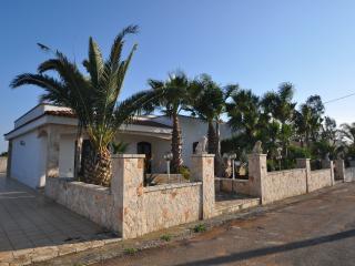 Villa Magnolia - Torre Suda vacation rentals