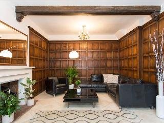 Classy 4BR High Street Kensington House - London vacation rentals