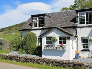 Charming 2 bedroom Cottage in Fearnan - Fearnan vacation rentals