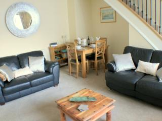 Nice 2 bedroom Belford House with Internet Access - Belford vacation rentals