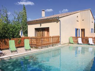 Nice House with Television and DVD Player - Grillon vacation rentals