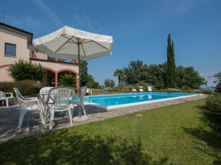 Lovely Condo with Internet Access and Shared Outdoor Pool - Soiano Del Lago vacation rentals