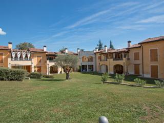 Lovely Manerba del Garda Condo rental with A/C - Manerba del Garda vacation rentals