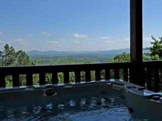 Absolutely Fab-View-Lous - Mineral Bluff vacation rentals