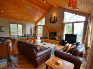 Iris Home - Fabulous mountain and golf course views, spacious home! - Keystone vacation rentals