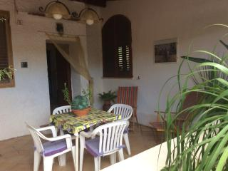 CASA GIRASOLE - Favignana vacation rentals