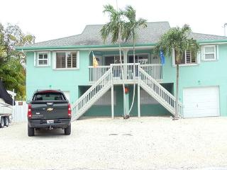 Beautiful 3 Bedroom Duck Key Duplex - Duck Key vacation rentals