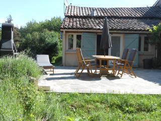 Cozy 2 bedroom Saint-Basile House with Internet Access - Saint-Basile vacation rentals