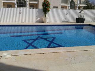 3br Seaview Holiday home, private pool close 2 sea - Eilat vacation rentals