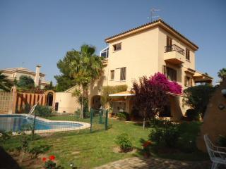 Lovely holiday house close to Valencia - La Eliana vacation rentals