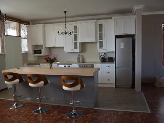 Exquisite Hyde Park Apartment - Randburg vacation rentals