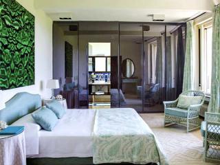 Beautiful 8 bedroom Villa in Libreville - Libreville vacation rentals