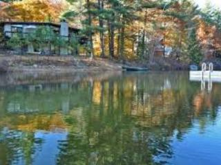 A House on Pea Porridge Pond - Madison vacation rentals
