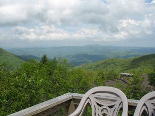 New Listing*Sky-High Mountain-top Home*Great View! - Banner Elk vacation rentals