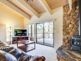 Updated alpine condo near skiing at Northstar Resort & hiking on Legacy Trail! - Truckee vacation rentals