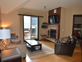 Private 2 Bedroom 2 Bathroom Spacious Home-Home with Panoramic views of Canmore - Canmore vacation rentals