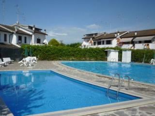 Casa al mare con piscina, giardino, Adria sea - Lido degli Scacchi vacation rentals