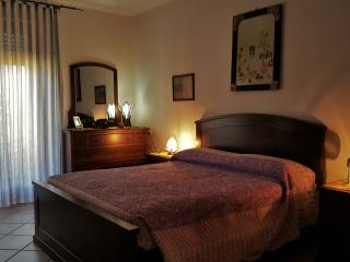 Beautiful 1 bedroom Codrongianos Bed and Breakfast with Television - Codrongianos vacation rentals