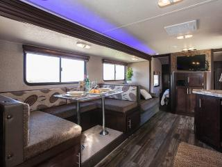 NEW Luxury RV on 5 Acres Overlooking Wine Country - Temecula vacation rentals